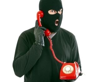 телефонный аферист
